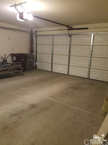 Closed | 275 Strada Nova Palm Desert, CA 92260 23