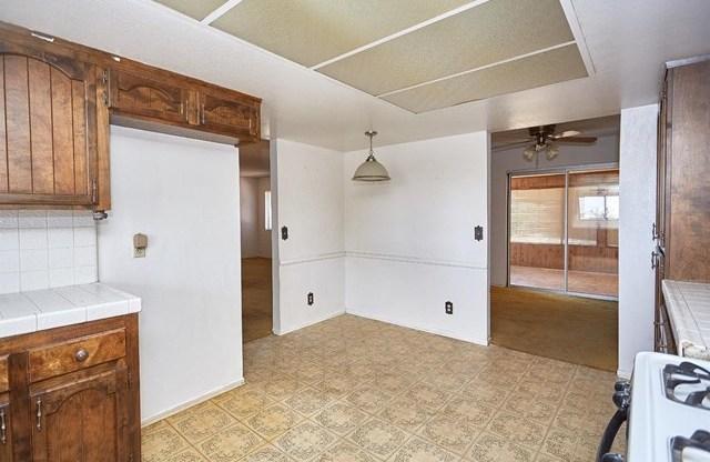 Closed | 16855 SAGE Street Hesperia, CA 92345 38