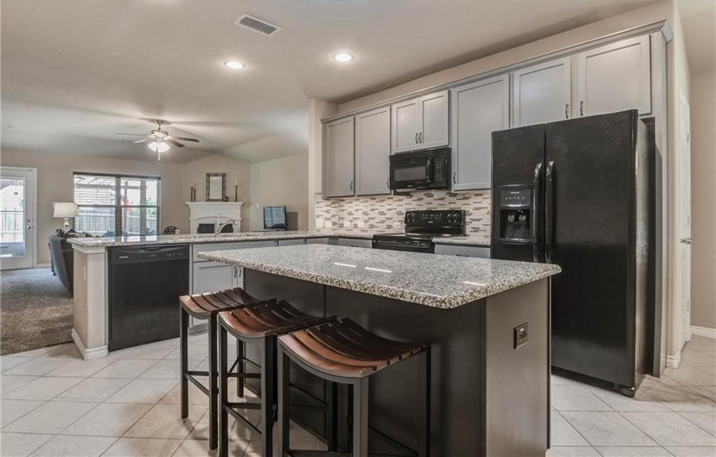Sold Property   2200 Scott Creek Drive Little Elm, Texas 75068 4