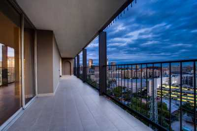 Sold Property | 3310 Fairmount Street #P2D Dallas, Texas 75201 4