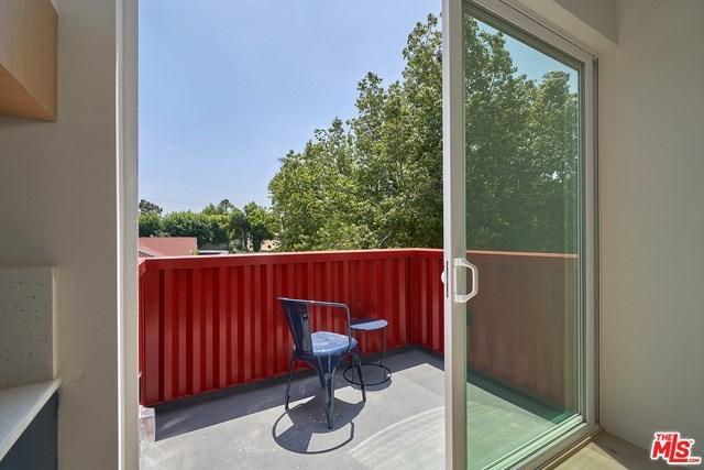 Closed   2923 S Cloverdale Avenue Los Angeles, CA 90016 15