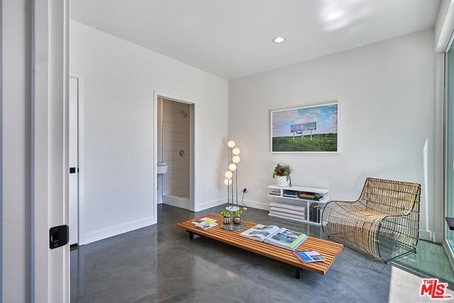 Closed   2923 S Cloverdale Avenue Los Angeles, CA 90016 17