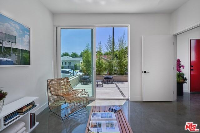 Closed   2923 S Cloverdale Avenue Los Angeles, CA 90016 18