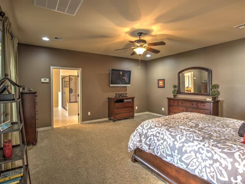 Active | 104 Rustic Lane Pryor, Oklahoma 74361 22