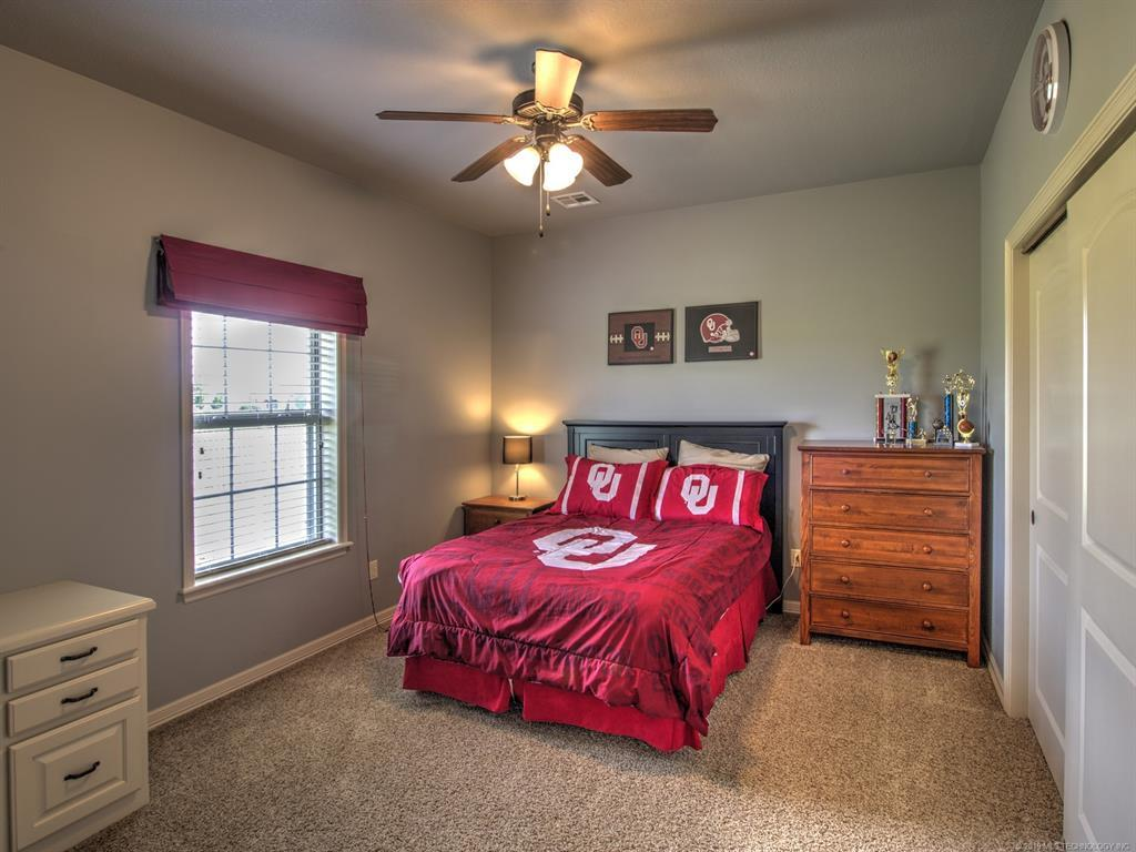 Active | 104 Rustic Lane Pryor, Oklahoma 74361 29