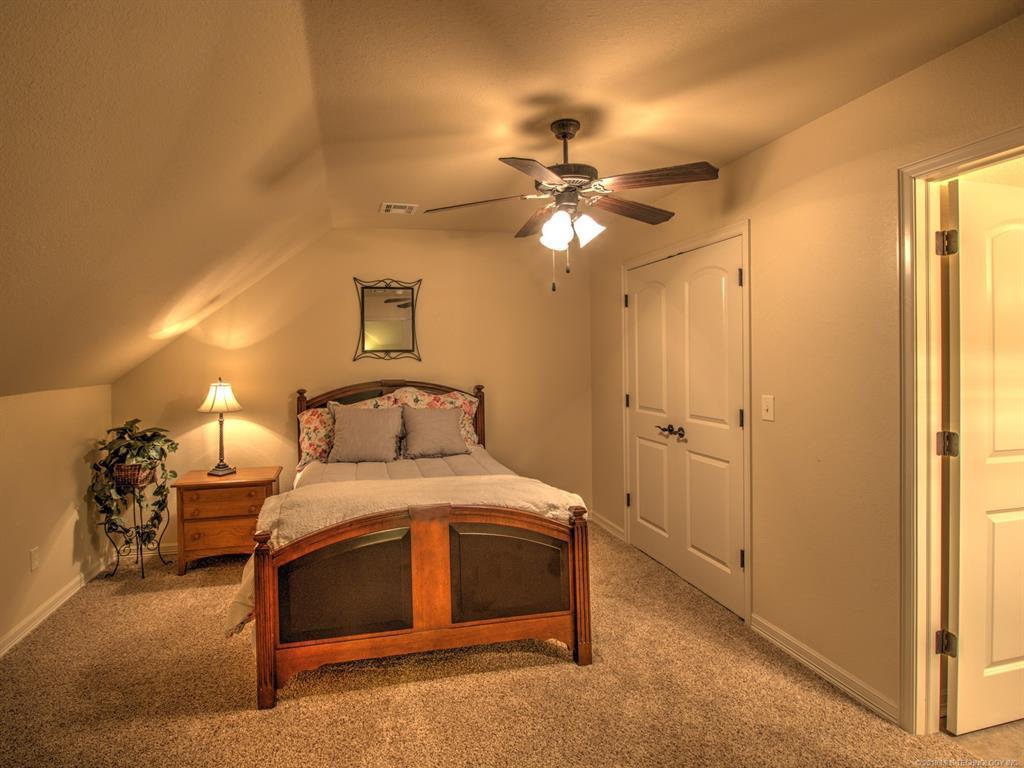 Active | 104 Rustic Lane Pryor, Oklahoma 74361 33