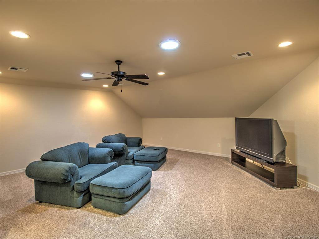 Active | 104 Rustic Lane Pryor, Oklahoma 74361 35