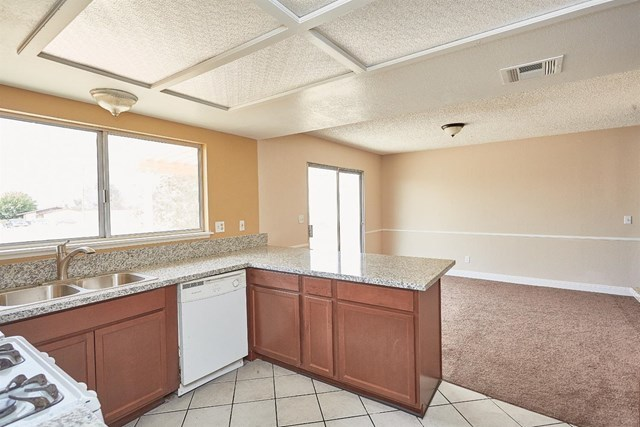 Closed   15574 Bear Valley Road Victorville, CA 92395 2