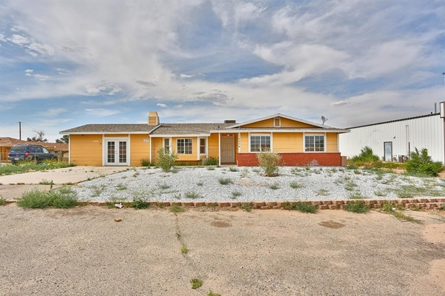 Closed   15574 Bear Valley Road Victorville, CA 92395 3