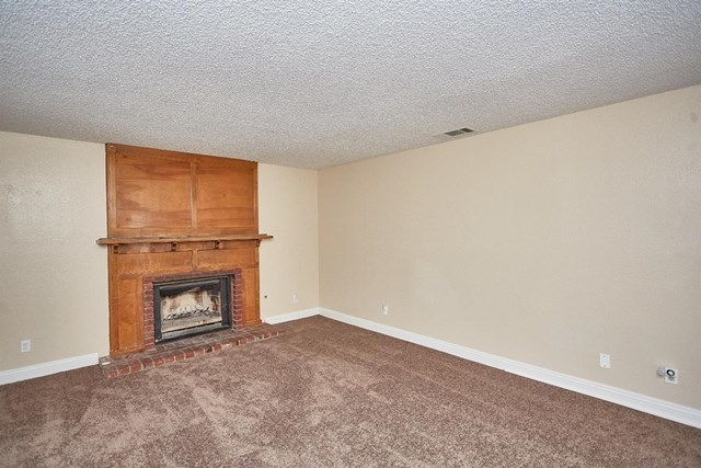 Closed   15574 Bear Valley Road Victorville, CA 92395 10