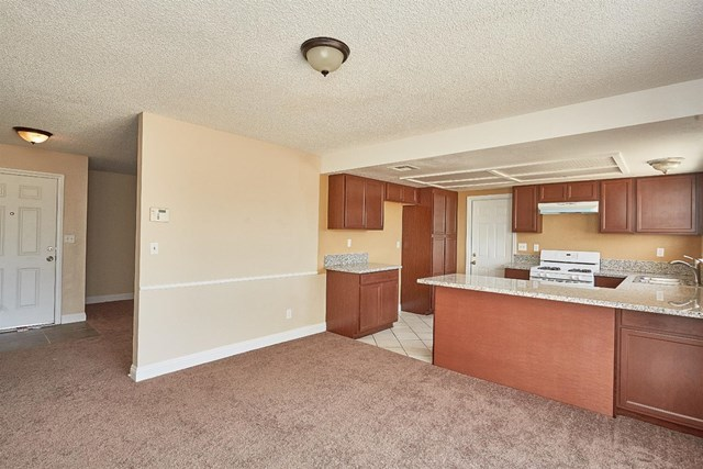 Closed   15574 Bear Valley Road Victorville, CA 92395 14