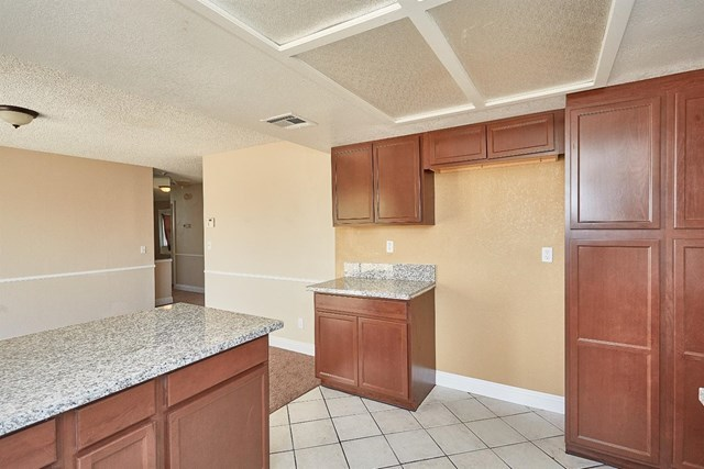 Closed   15574 Bear Valley Road Victorville, CA 92395 17