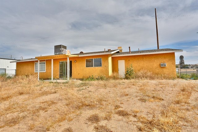 Closed   15574 Bear Valley Road Victorville, CA 92395 35