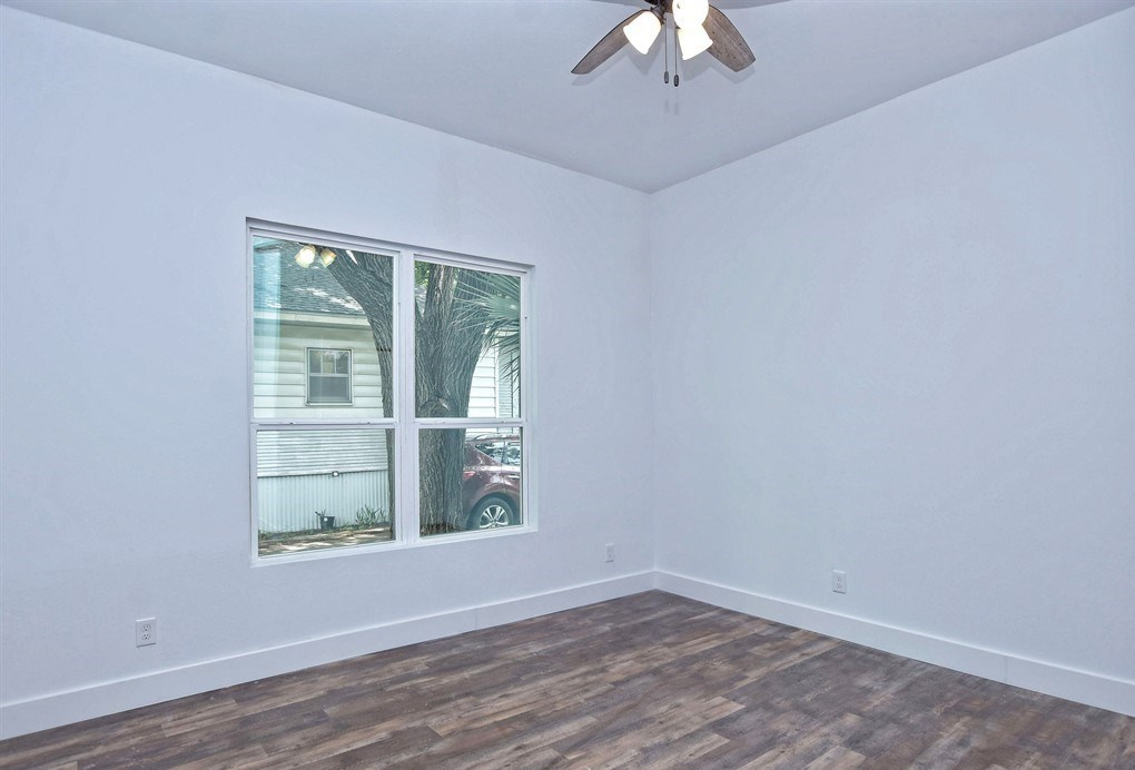Sold Property | 1009 W 7th Street Taylor, TX 76574 21
