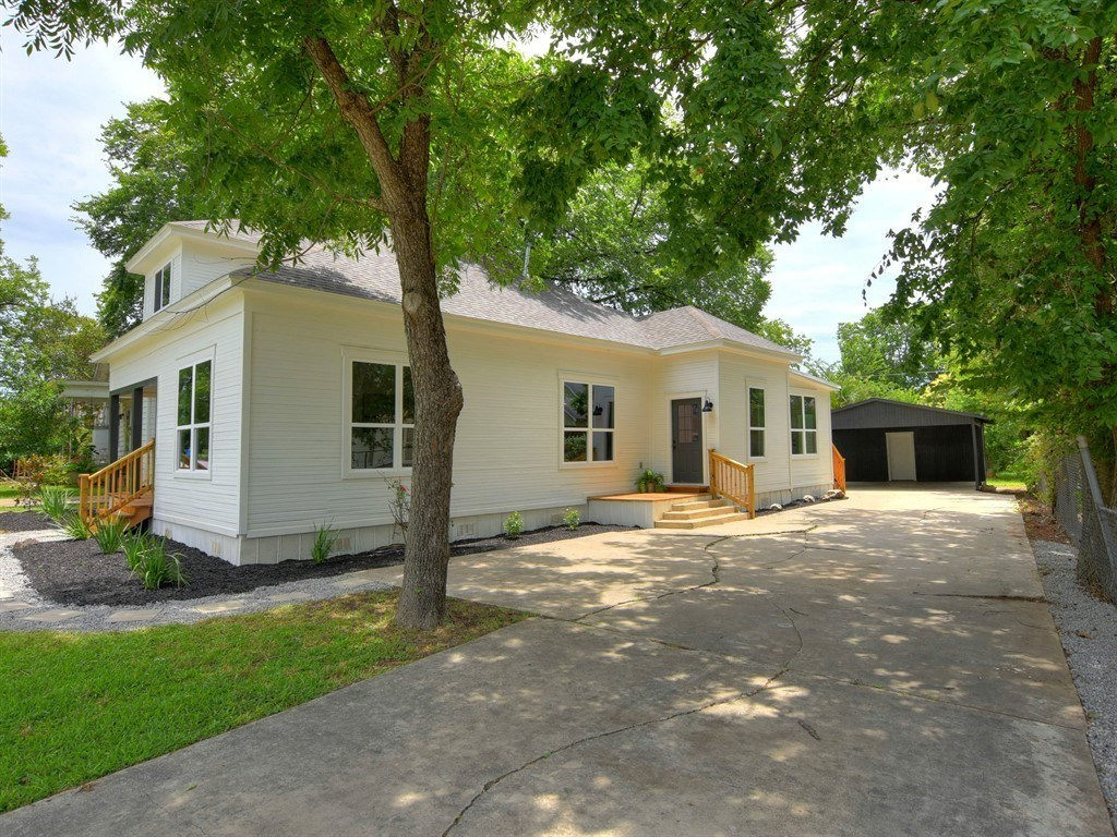 Sold Property | 1009 W 7th Street Taylor, TX 76574 4