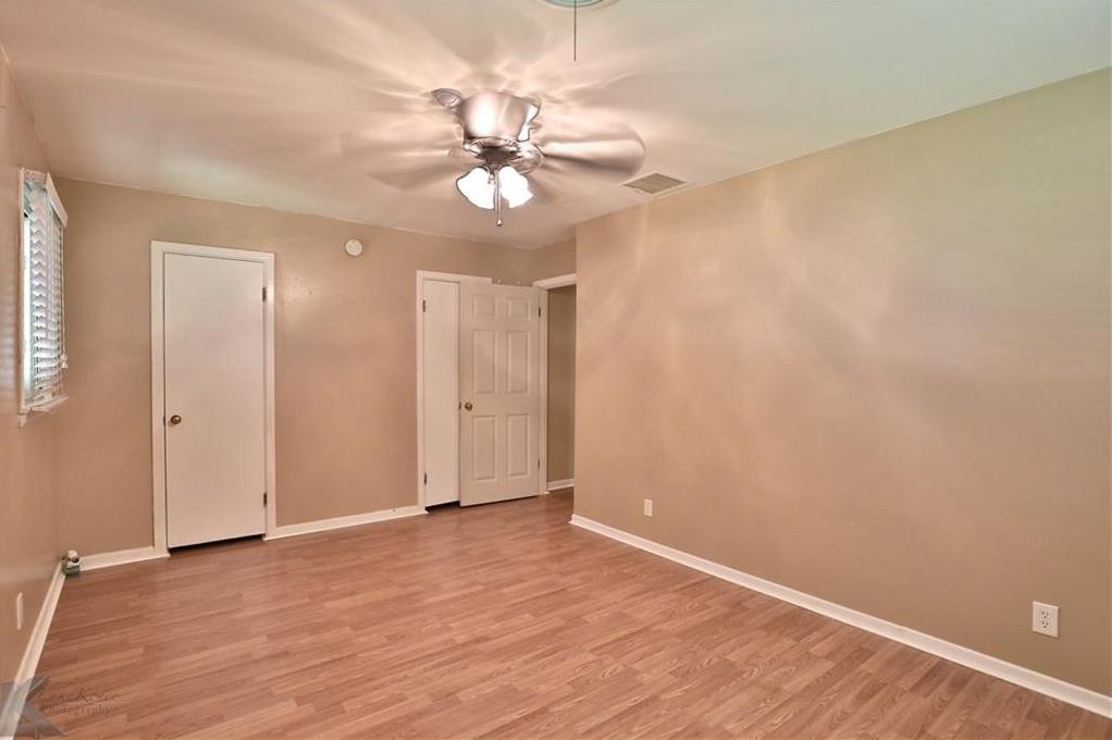 Active | 2201 Crescent Drive Abilene, TX 79605 25