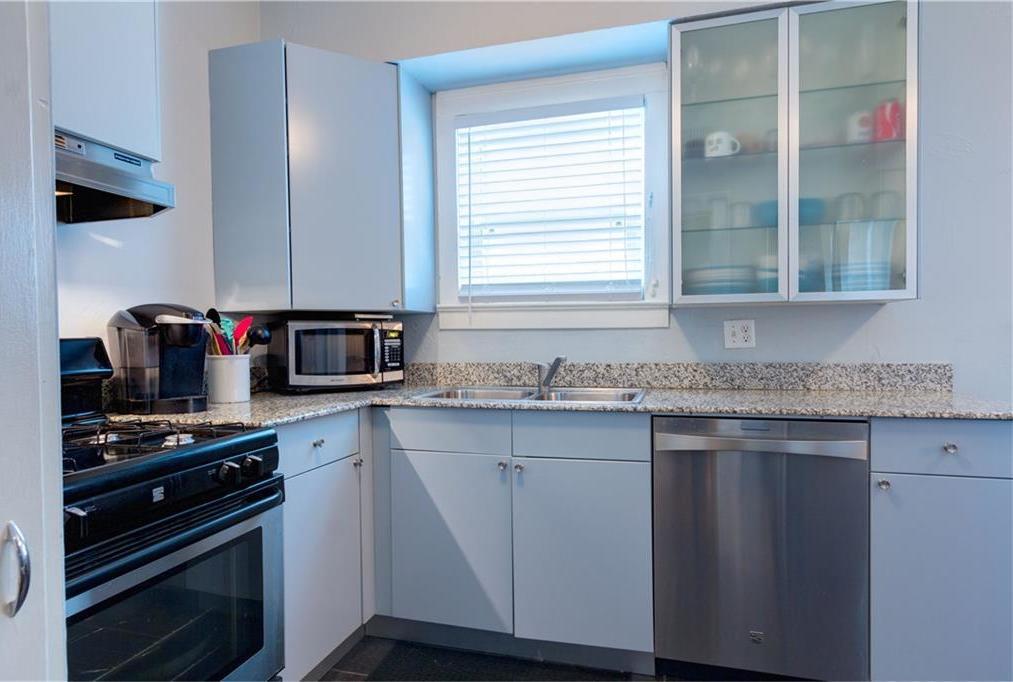 Sold Property | 4119 Herschel Avenue #A Dallas, Texas 75219 9