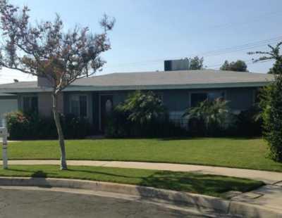 Closed | 778 E Holly Street Rialto, CA 92376 1