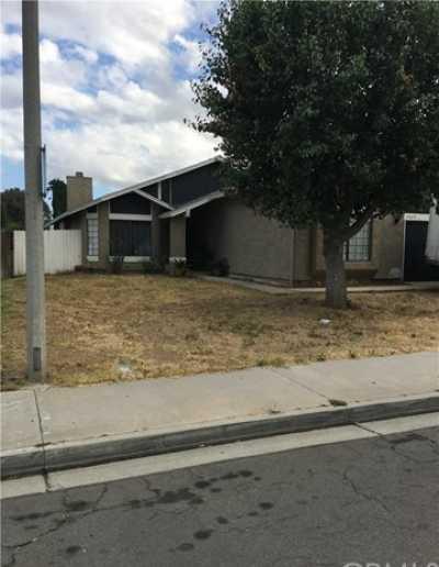 Closed | 24675 Willet Lane Moreno Valley, CA 92553 1