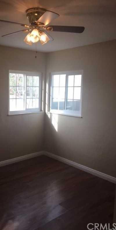 Closed | 16316 Taylor Avenue Fontana, CA 92335 12