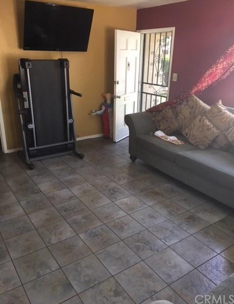 Closed | 1262 W 7th Street Pomona, CA 91766 10
