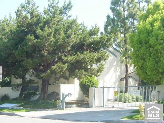 Closed | 3902 BRESEE Avenue #17 Baldwin Park, CA 91706 0