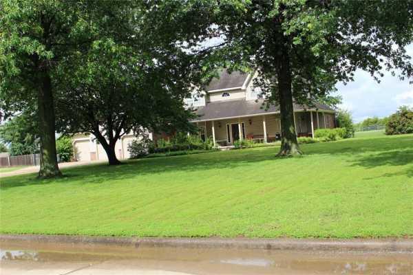 Active | 1805 NE Oakridge Drive Claremore, Oklahoma 74017 2
