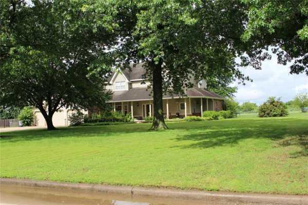 Active | 1805 NE Oakridge Drive Claremore, Oklahoma 74017 3
