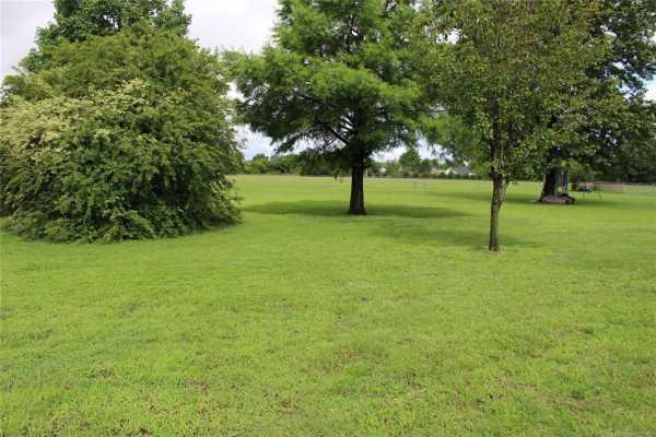 Active | 1805 NE Oakridge Drive Claremore, Oklahoma 74017 7