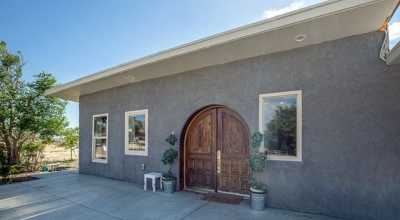 Closed | 20012 Breezy Lane Apple Valley, CA 92308 3