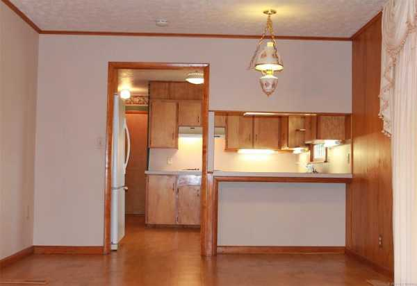 Homes for sale in Pryor | 1009 SE 14th Street Pryor, Oklahoma 74361 4