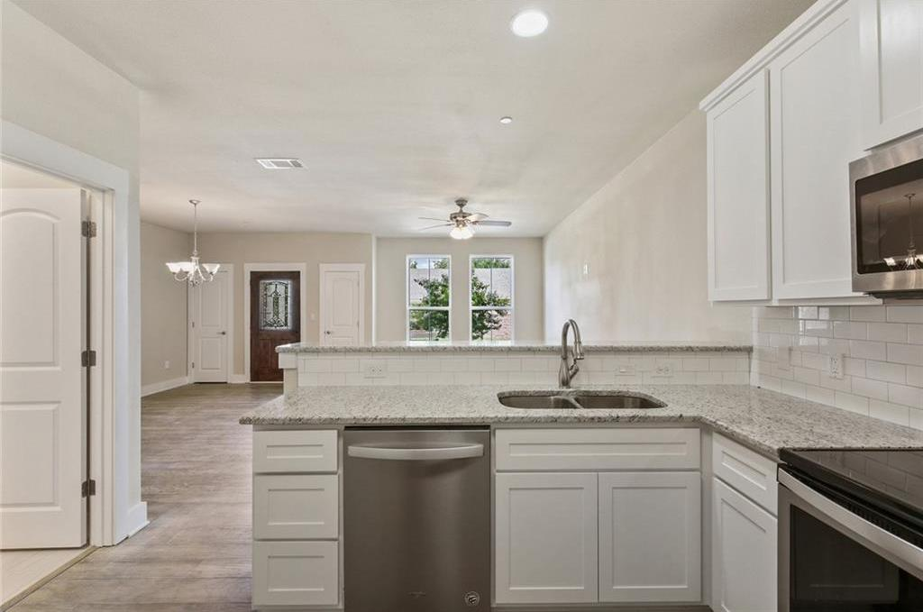 Sold Property   218 Emma Drive Lewisville, TX 75057 22