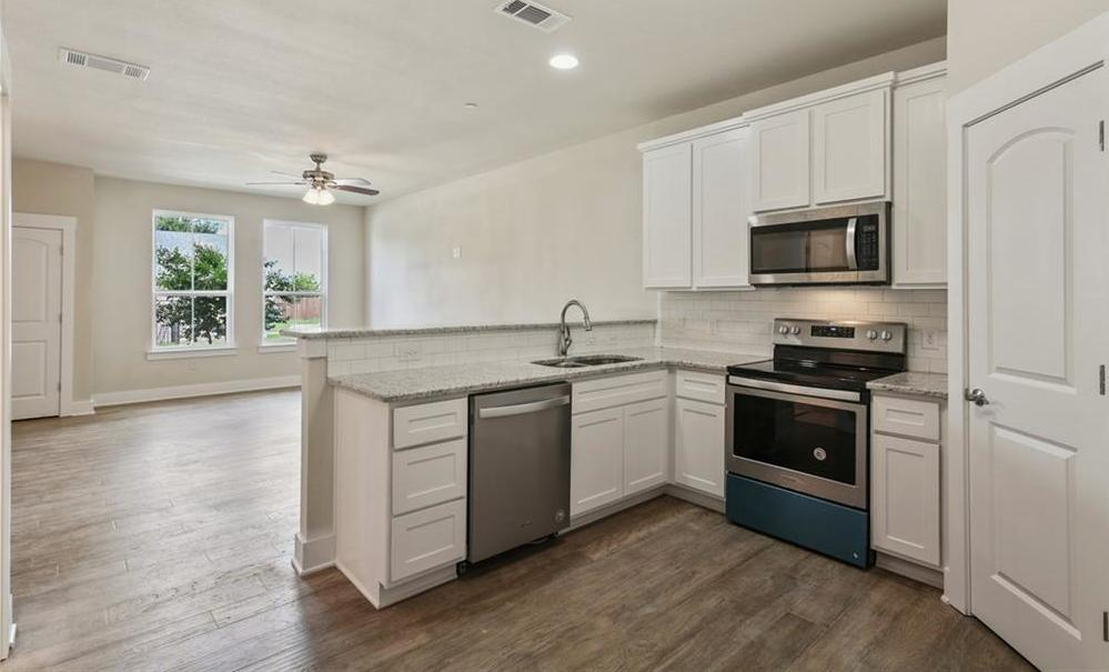 Sold Property   218 Emma Drive Lewisville, TX 75057 24