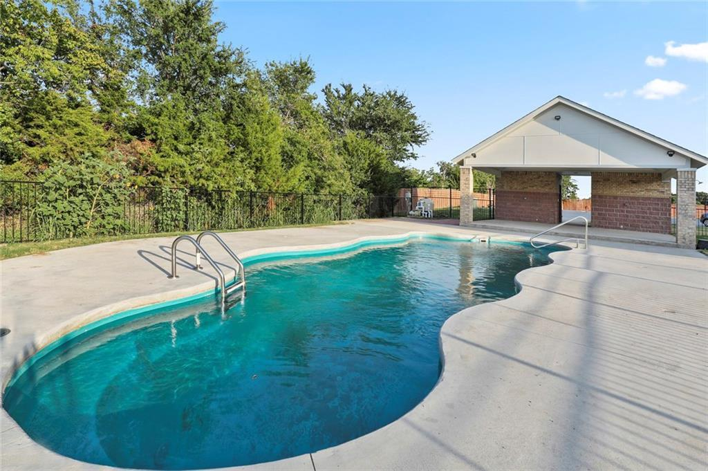 Sold Property   218 Emma Drive Lewisville, TX 75057 4