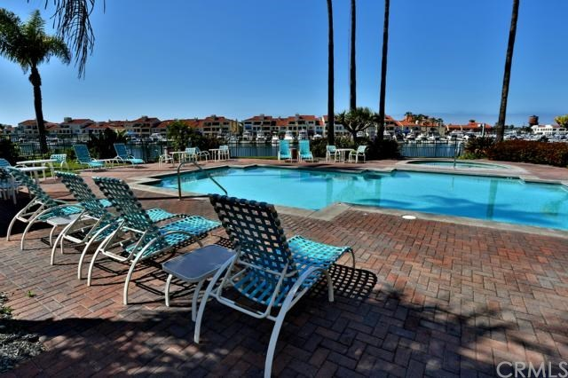 Closed | 16291 Countess Drive #211 Huntington Beach, CA 92649 3