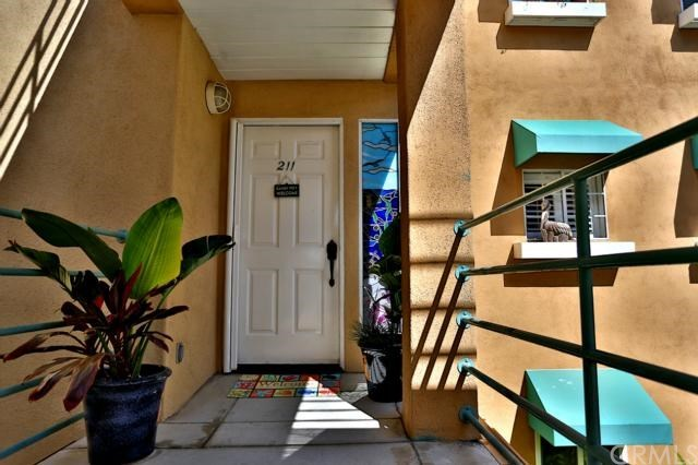 Closed | 16291 Countess Drive #211 Huntington Beach, CA 92649 4