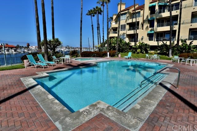 Closed | 16291 Countess Drive #211 Huntington Beach, CA 92649 30