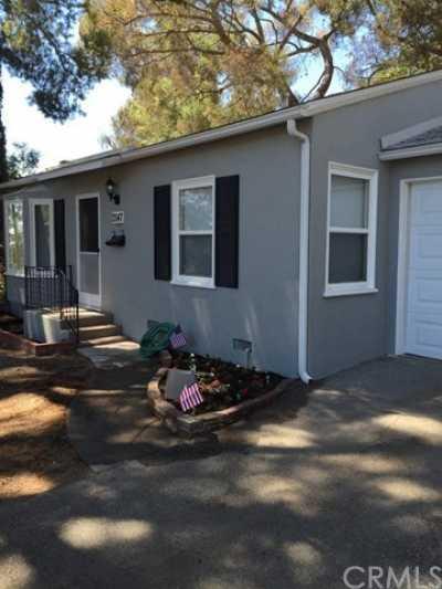 Closed | 7547 Kyle Street Tujunga, CA 91042 2
