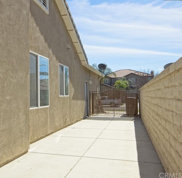 Closed | 5723 Redhaven Street Eastvale, CA 92880 33