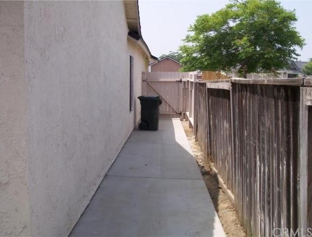 Closed | 14238 Edgehill Court Fontana, CA 92337 7