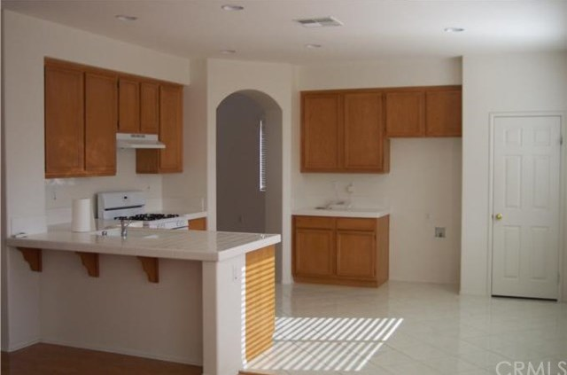 Closed | 11581 Villa Street Adelanto, CA 92301 1