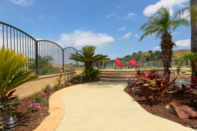 Closed | 16065 Pinnacle Road Chino Hills, CA 91709 30