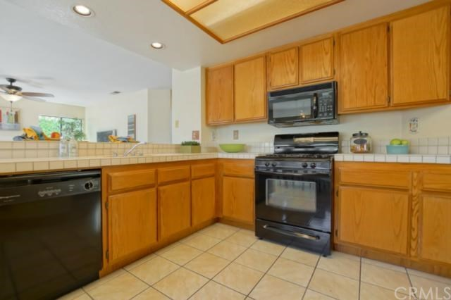 Closed | 6487 Via Del Prado  Chino Hills, CA 91709 18
