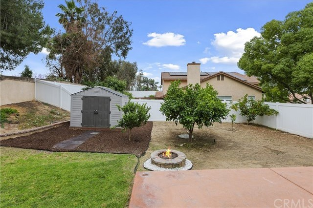Closed | 3381 Summers Court Riverside, CA 92501 33