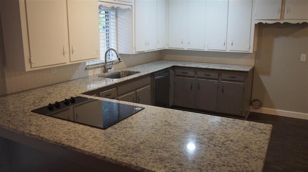 Sold Property | 625 Woodside Drive Hurst, Texas 76053 11