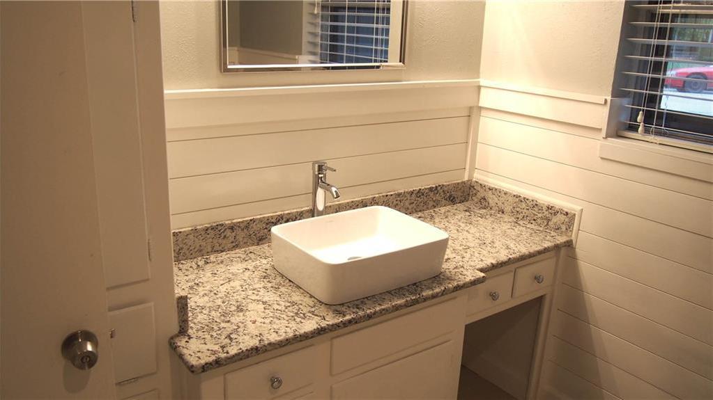 Sold Property | 625 Woodside Drive Hurst, Texas 76053 21