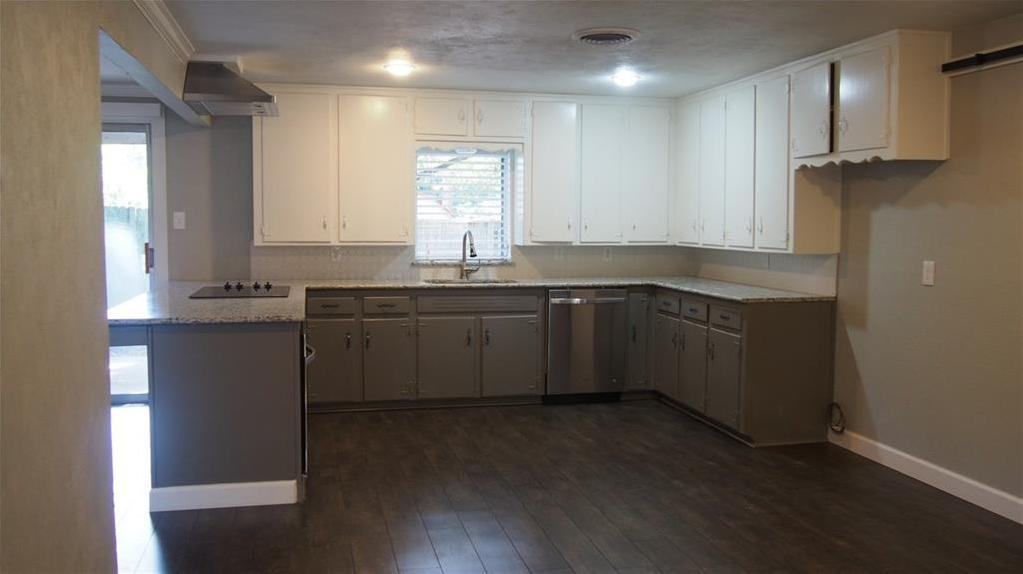 Sold Property | 625 Woodside Drive Hurst, Texas 76053 4