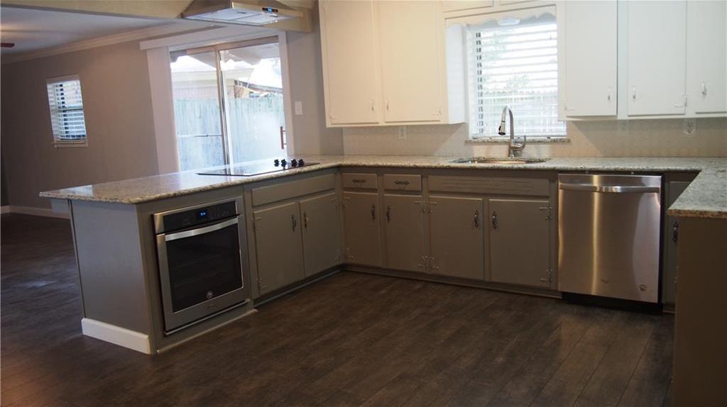Sold Property | 625 Woodside Drive Hurst, Texas 76053 7