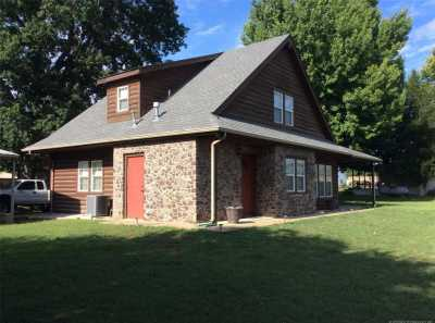 Off Market | 87 E 2nd Street Eufaula, Oklahoma 74432 1