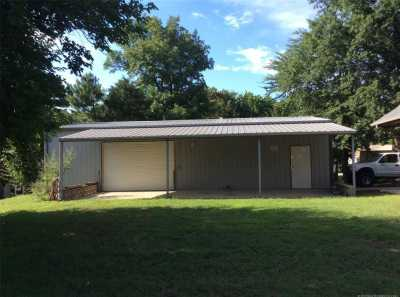 Off Market | 87 E 2nd Street Eufaula, Oklahoma 74432 3